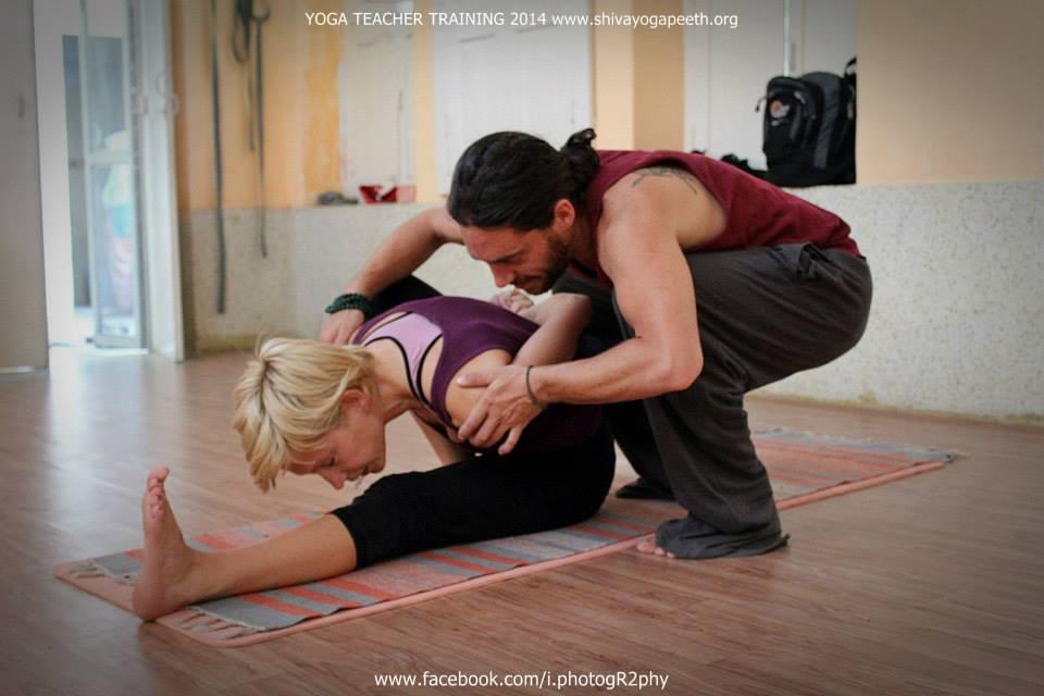thai-yoga-stretching-image